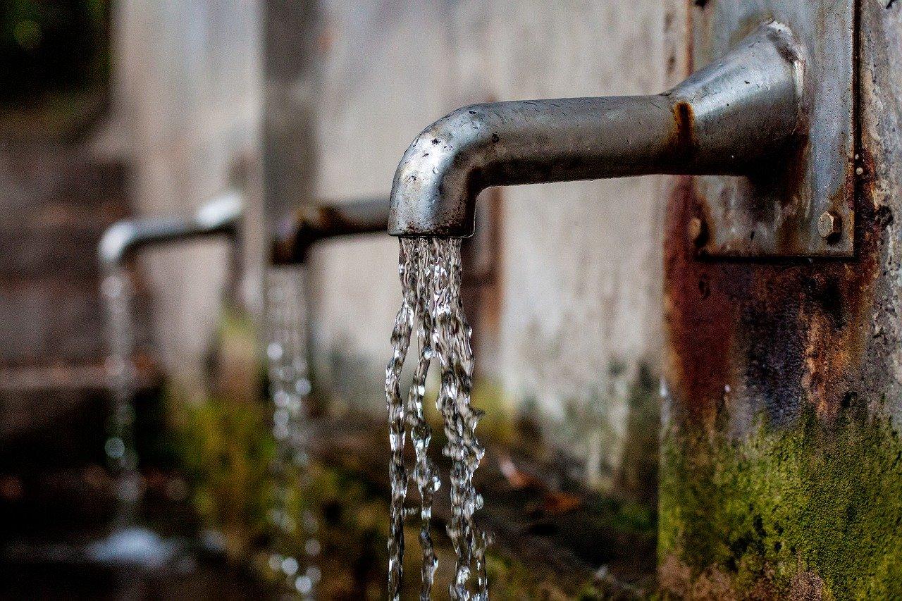rubinetto - acqua che scorre